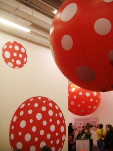 -Kusama_Exhibit_at_Tate_Modern